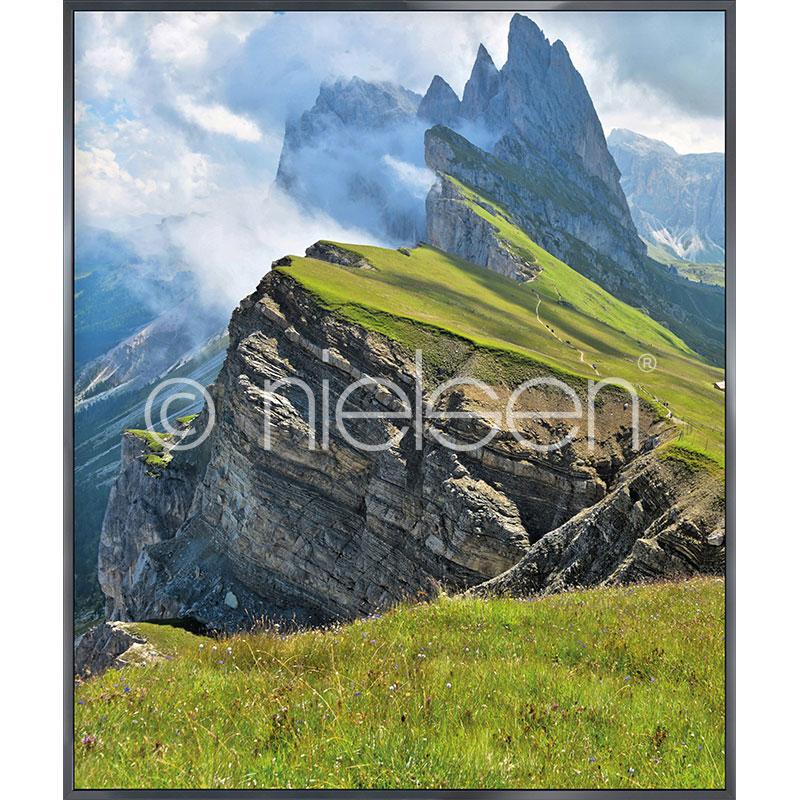 """Indrammet billede """"Mountain Range"""" med aluramme Alpha"""