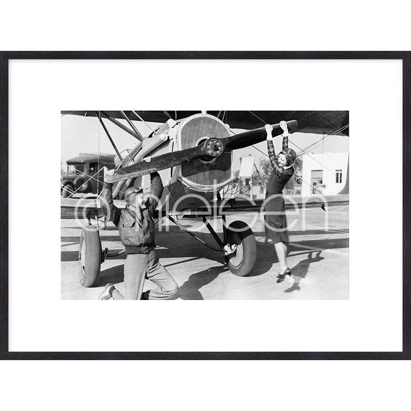 """Indrammet billede """"Historic plane II"""" med træramme Quadrum"""