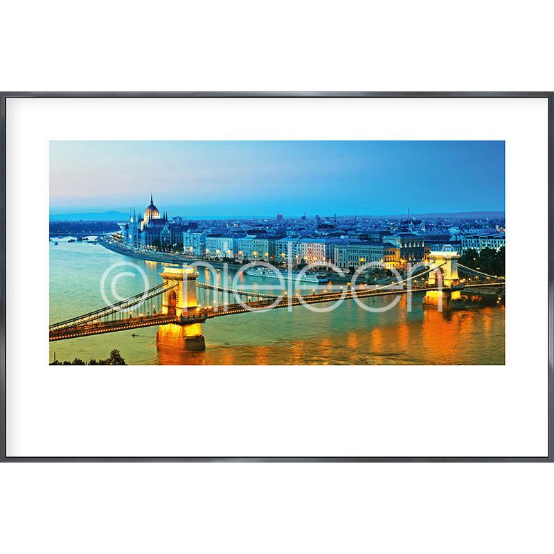 """Indrammet billede """"Budapest"""" med aluramme Alpha"""
