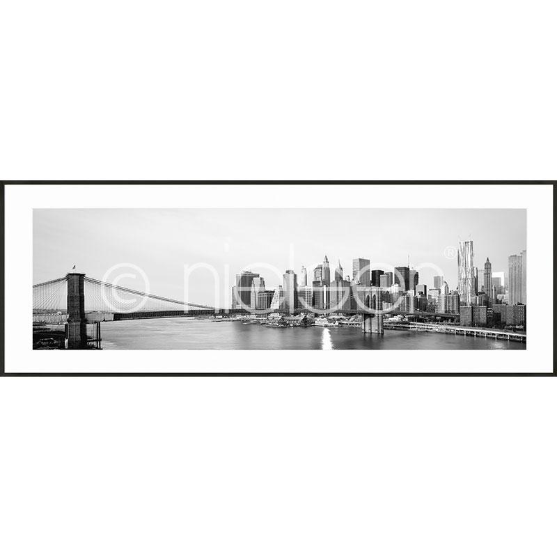 """Indrammet billede """"New York City Skyline"""" med aluramme C2"""
