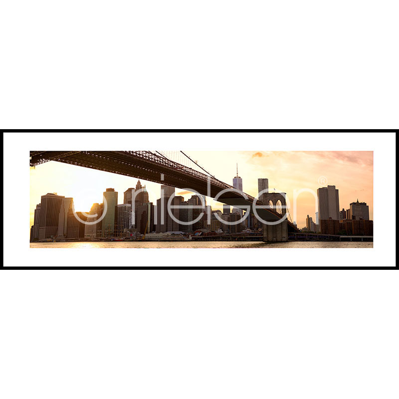 "Indrammet billede ""Brooklyn Bridge Sunset"" med aluramme C2"